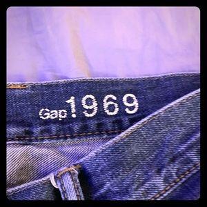"GAP Jeans 1969 ""Standard"" fit. Size 36x32"